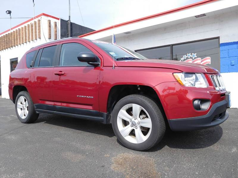 2011 jeep compass 4x4 latitude 4dr suv in appleton wi. Black Bedroom Furniture Sets. Home Design Ideas