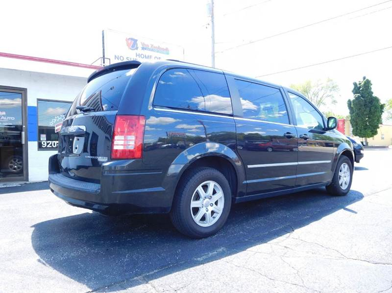 2010 Chrysler Town and Country Touring 4dr Mini-Van - Appleton WI