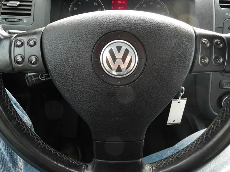 2006 Volkswagen Jetta 2.0T 4dr Sedan w/Automatic - Appleton WI