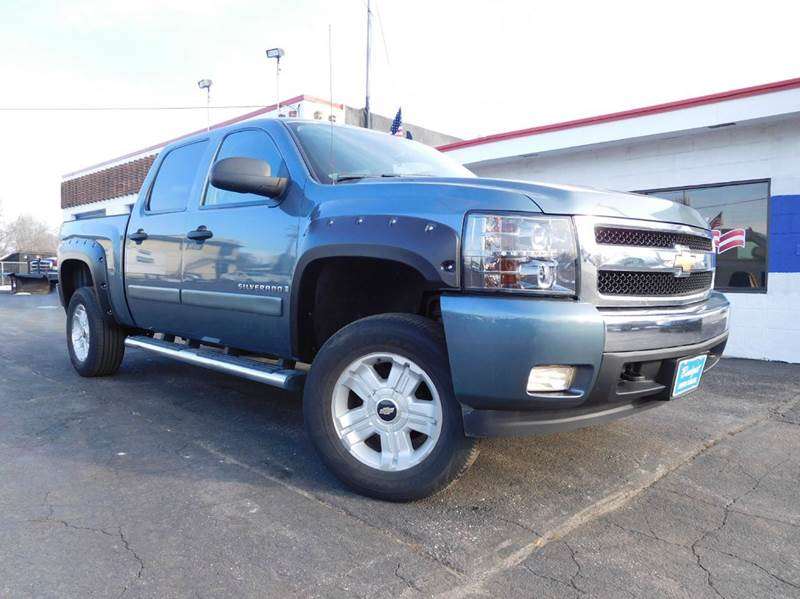 2008 chevrolet silverado 1500 lt1 4wd 4dr crew cab 5 8 ft sb in appleton wi budget auto sales. Black Bedroom Furniture Sets. Home Design Ideas