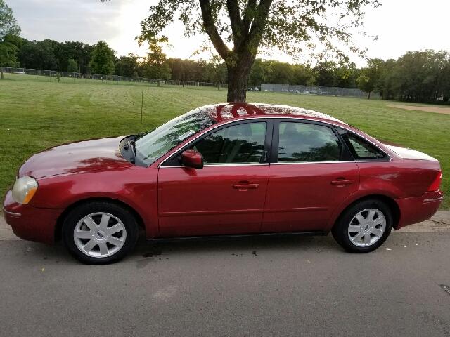 2005 ford five hundred se 4dr sedan in ramsey mn back on trak llc. Black Bedroom Furniture Sets. Home Design Ideas