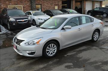 2013 Nissan Altima for sale in Eastlake, OH