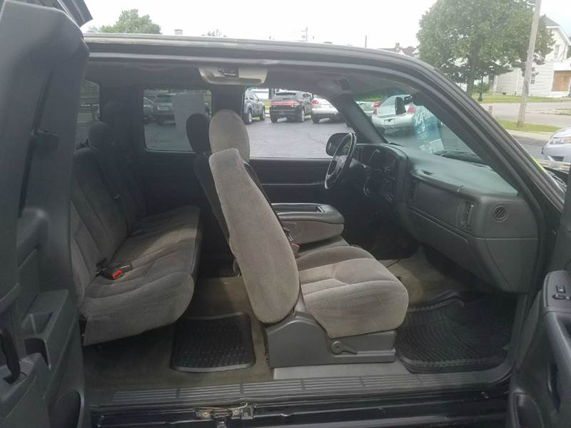 2006 Chevrolet Silverado 1500 LT2 4dr Extended Cab 6.5 ft. SB - Fort Wayne IN