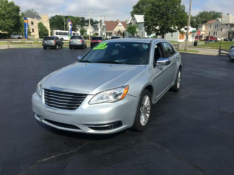 2012 Chrysler 200 Limited 4dr Sedan - Fort Wayne IN