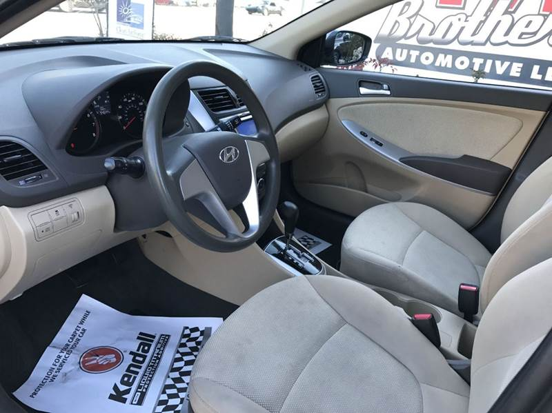 2013 Hyundai Accent GLS 4dr Sedan - Roswell GA