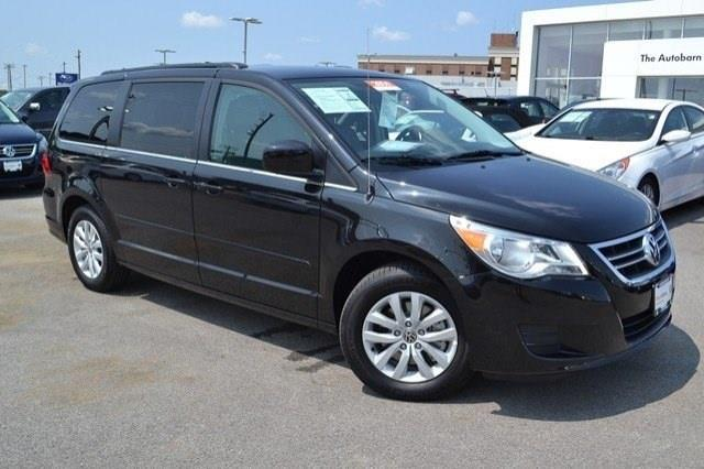 2014 Volkswagen Routan for sale in Countryside IL