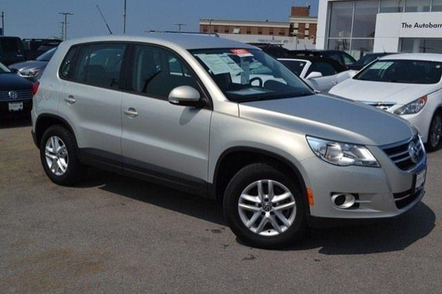 2011 Volkswagen Tiguan for sale in Countryside IL