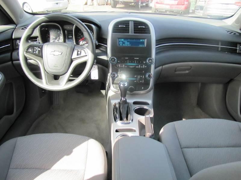 2015 Chevrolet Malibu LS 4dr Sedan - Oakdale MN