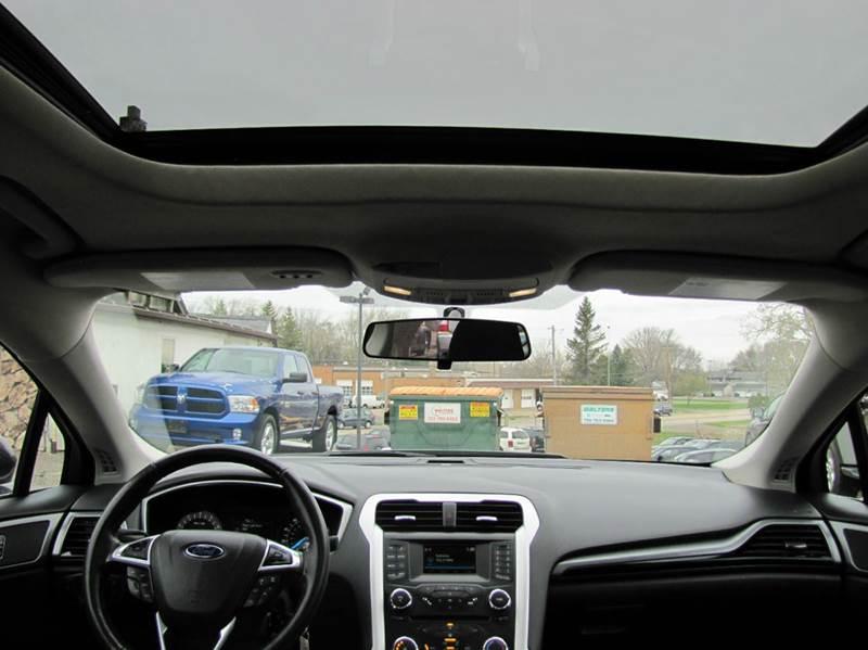 2015 Ford Fusion SE 4dr Sedan - Oakdale MN