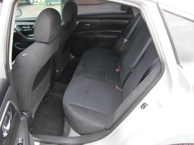 2015 Nissan Altima 2.5 S 4dr Sedan - Oakdale MN