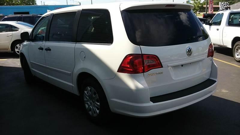 2012 Volkswagen Routan S 4dr Mini-Van - Lapeer MI