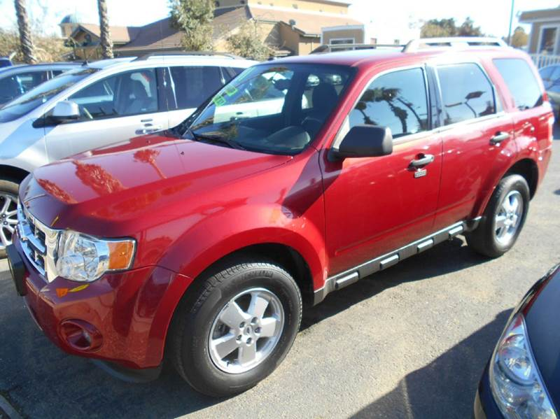 2011 FORD ESCAPE XLT 4DR SUV red 2-stage unlocking - remote abs - 4-wheel airbag deactivation -