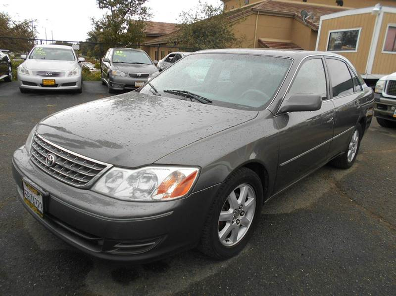 2004 TOYOTA AVALON XL 4DR SEDAN WBUCKET SEATS charcoal abs - 4-wheel cassette center console