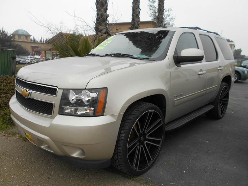 2013 CHEVROLET TAHOE LS 4X2 4DR SUV gold 2-stage unlocking doors abs - 4-wheel airbag deactivati
