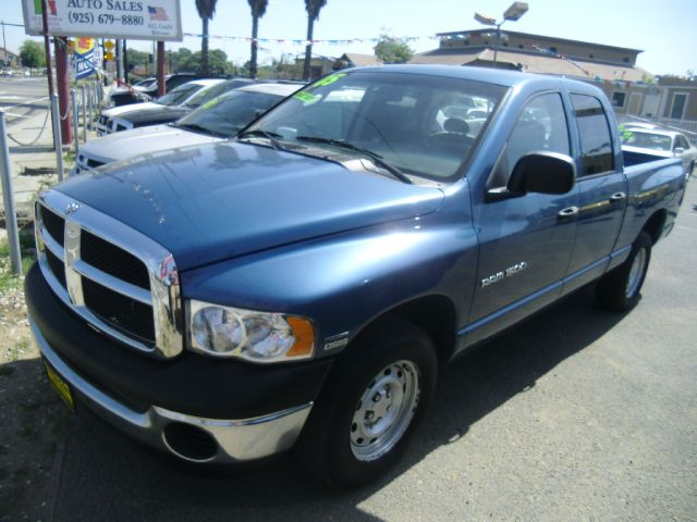 2005 DODGE RAM PICKUP 1500 ST QUAD CAB SHORT BED 2WD blue abs brakesair conditioningamfm radio