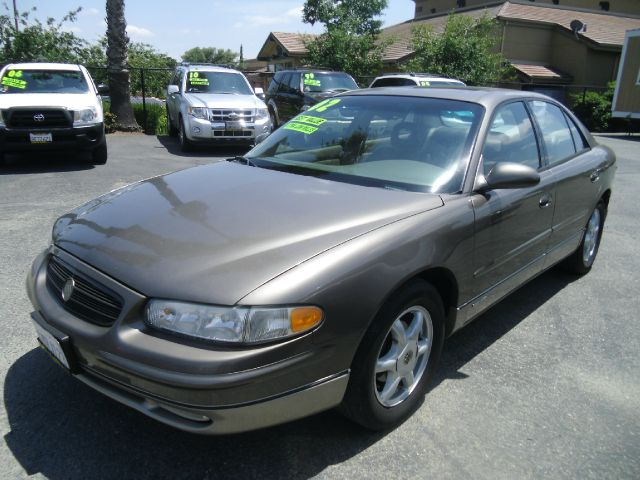 2002 BUICK REGAL GS 4DR SEDAN brown abs - 4-wheel anti-theft system - alarm cassette center co