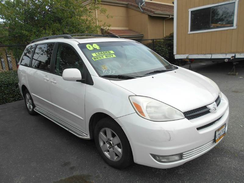 2004 Toyota Sienna XLE 7-Passenger 4dr Mini-Van - Oakley CA