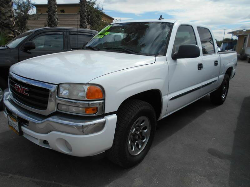 2006 GMC SIERRA 1500 Z71 4DR CREW CAB 4WD 58 FT SB white 4wd type - on demand abs - 4-wheel a