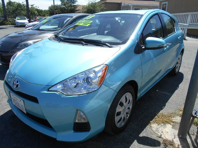 2013 TOYOTA PRIUS C ONE 4DR HATCHBACK teal 2-stage unlocking doors abs - 4-wheel active head re