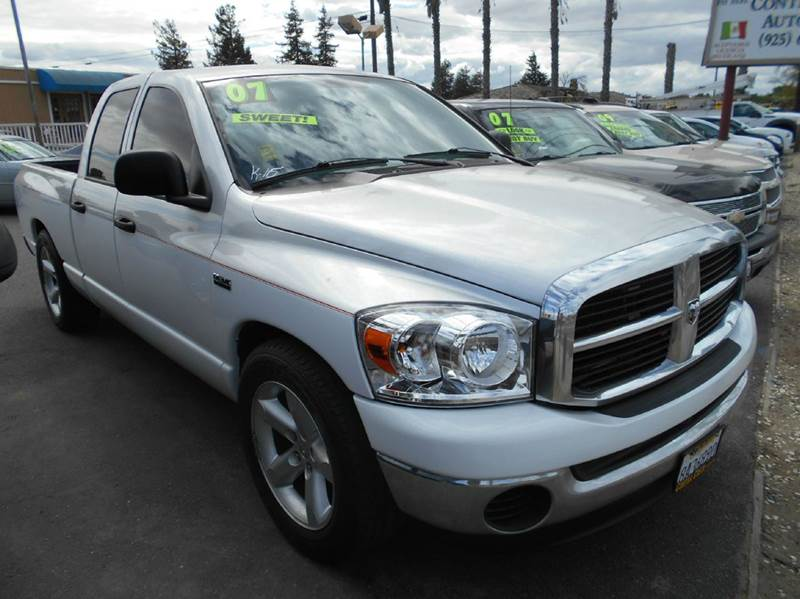 2007 DODGE RAM PICKUP 1500 SLT 4DR QUAD CAB SB silver 2-stage unlocking - remote abs - rear air