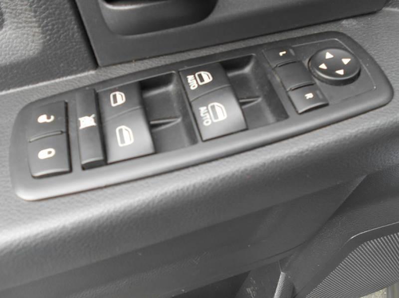 2012 RAM Ram Pickup 1500 4x4 ST 4dr Crew Cab 5.5 ft. SB Pickup - Oakley CA
