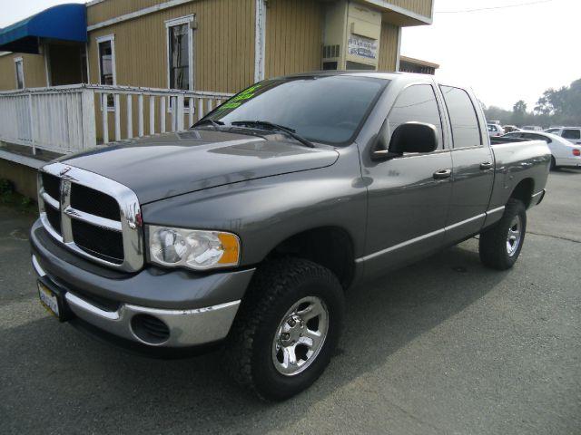 2005 DODGE RAM PICKUP 1500 SLT 4DR QUAD CAB RWD SB gray axle ratio - 321 bumper color - chrome
