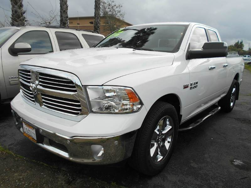 2014 RAM RAM PICKUP 1500 BIG HORN 4X2 4DR QUAD CAB 63 FT white 2-stage unlocking doors abs - 4-w