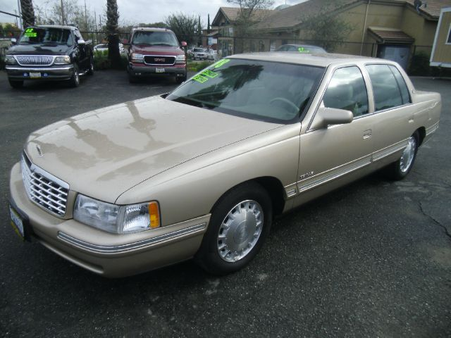 1998 CADILLAC DEVILLE 4DR STD SEDAN gold abs - 4-wheel antenna type - power cassette cruise con