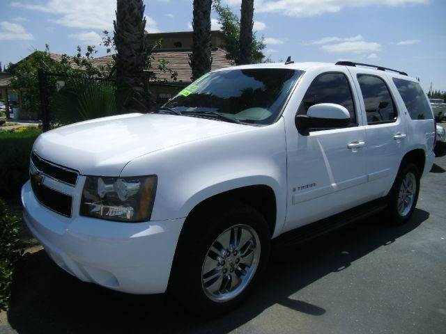 2007 CHEVROLET TAHOE LT 4DR SUV white 2-stage unlocking - remote abs - 4-wheel airbag deactivat
