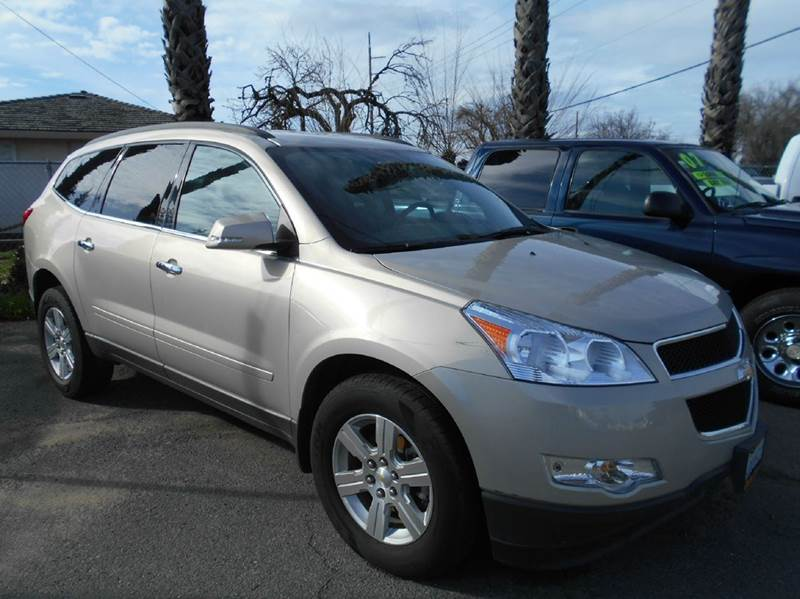 2011 CHEVROLET TRAVERSE LT 4DR SUV W1LT silver abs - 4-wheel airbag deactivation - occupant sen