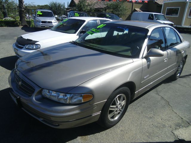 2001 BUICK REGAL LS 4DR SEDAN gold abs - 4-wheel anti-theft system - alarm cassette center cons