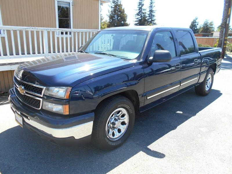 2007 CHEVROLET SILVERADO 1500 CLASSIC LS2 4DR CREW CAB 58 FT SB blue 2-stage unlocking - remote