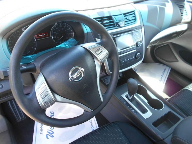 2016 Nissan Altima 2.5 S 4dr Sedan - Oakley CA