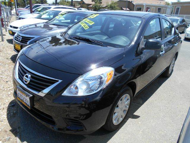 2013 NISSAN VERSA 16 S 4DR SEDAN 4A black abs - 4-wheel active head restraints - dual front ai