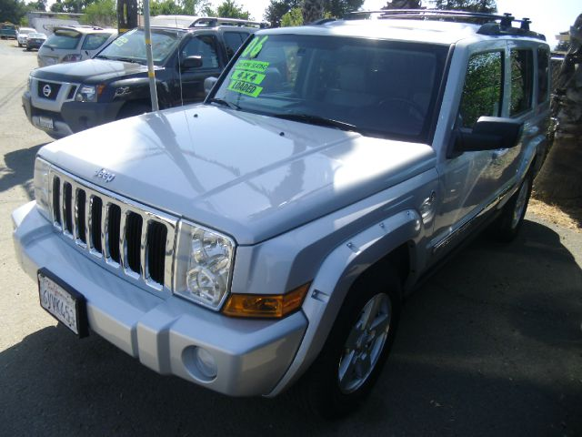 2006 JEEP COMMANDER LIMITED 4DR SUV 4WD silver 4wd type - full time abs - 4-wheel adjustable ped