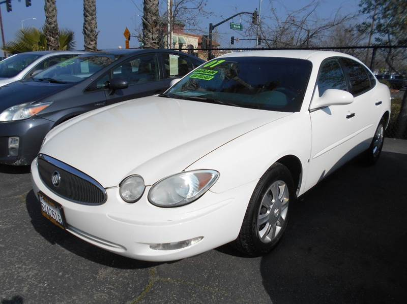 2007 BUICK LACROSSE CX 4DR SEDAN W SIDE CURTAIN AIR white abs - 4-wheel air filtration airbag