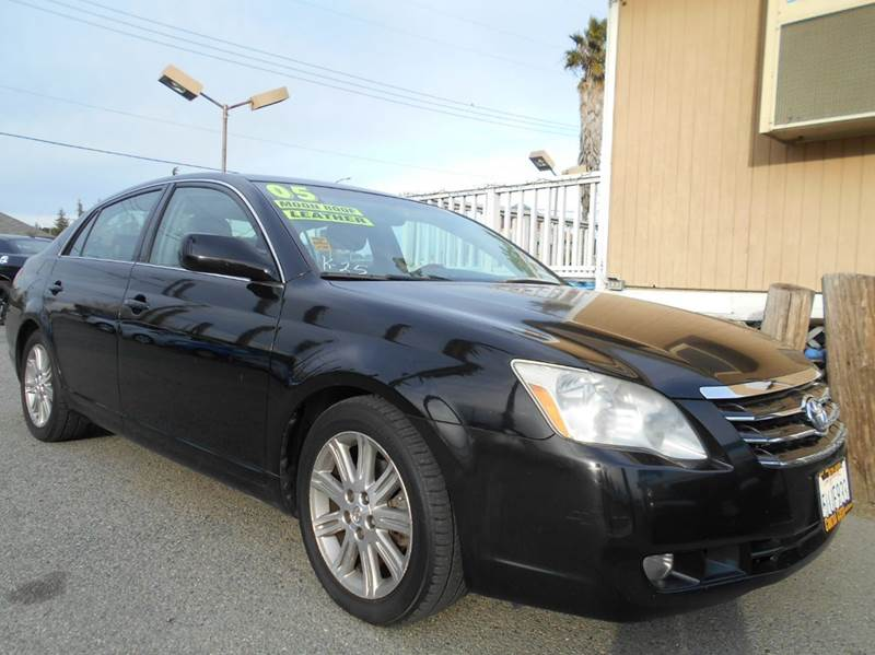 2005 TOYOTA AVALON LIMITED 4DR SEDAN black abs - 4-wheel anti-theft system - alarm cassette ce