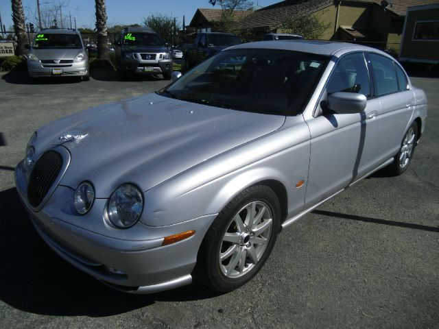 2002 JAGUAR S-TYPE 30 V6 4DR SEDAN silver abs - 4-wheel anti-theft system - alarm cassette ce