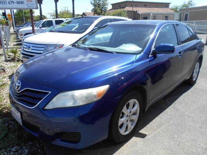 2011 TOYOTA CAMRY LE 4DR SEDAN 6A blue 2-stage unlocking doors abs - 4-wheel air filtration ai