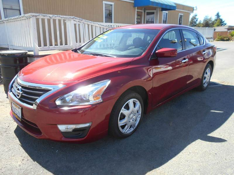 2013 NISSAN ALTIMA 25 S 4DR SEDAN red 2-stage unlocking doors abs - 4-wheel active head restra