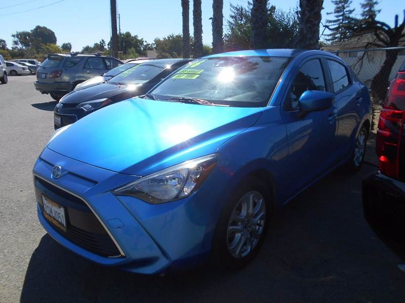 2016 SCION IA BASE 4DR SEDAN 6A blue 2-stage unlocking doors abs - 4-wheel air filtration airb