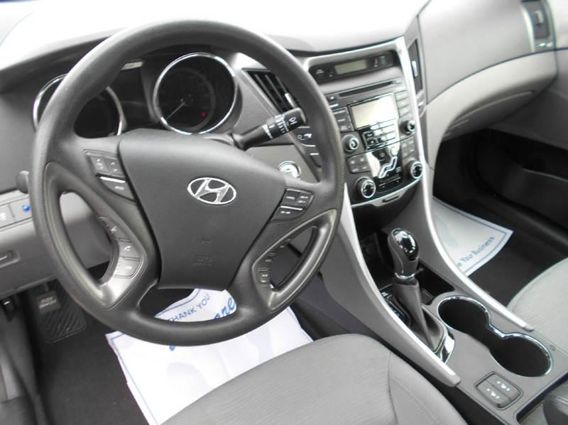 2013 Hyundai Sonata Hybrid 4dr Sedan - Oakley CA