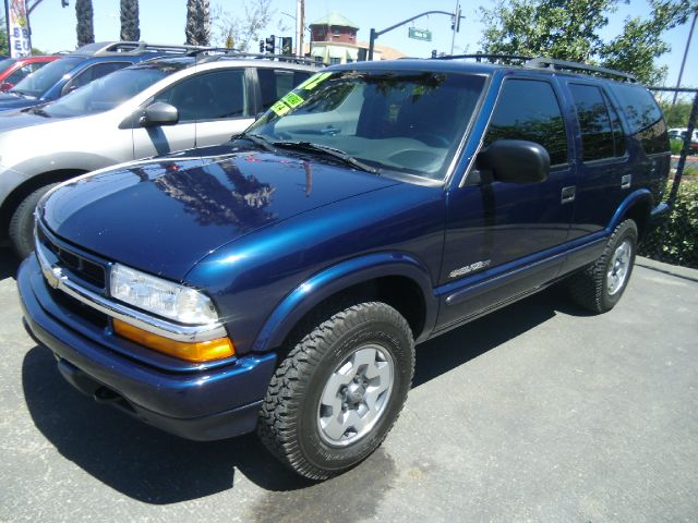 2002 CHEVROLET BLAZER LS 4WD 4DR SUV blue abs - 4-wheel alloy wheels anti-theft system - alarm