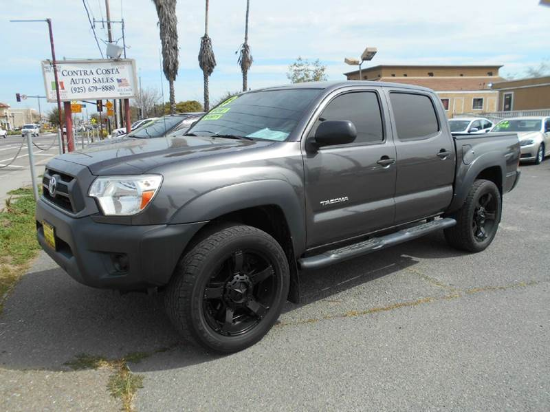 2013 TOYOTA TACOMA PRERUNNER 4X2 4DR DOUBLE CAB 50 charcoal abs - 4-wheel active head restraint