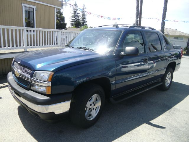 2006 CHEVROLET AVALANCHE LS 1500 blue abs - 4-wheel cruise control in-dash cd - single disc pow