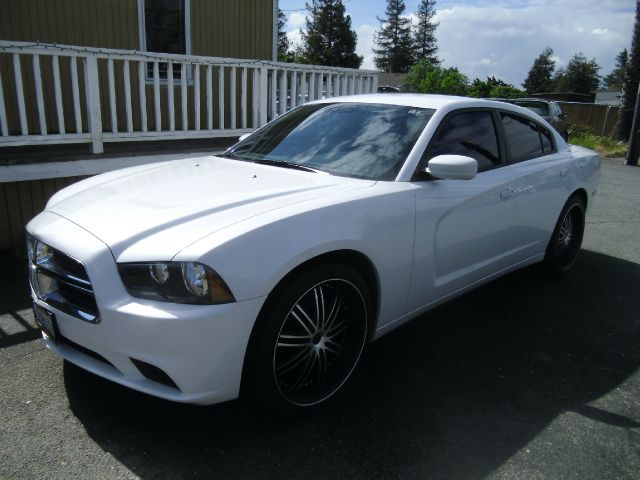 2013 DODGE CHARGER white air conditioning alloy wheels amfm radio wcd player anti-lock brake