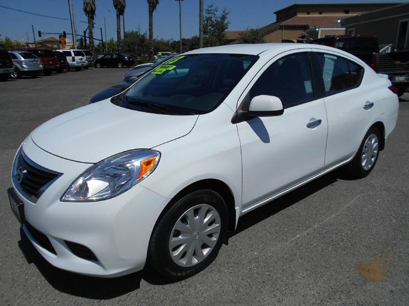 2013 NISSAN VERSA 16 S 4DR SEDAN 4A white abs - 4-wheel active head restraints - dual front ai