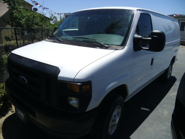 2008 FORD E-SERIES CARGO E-250 3DR VAN white abs - 4-wheel antenna type - mast auxilliary transm