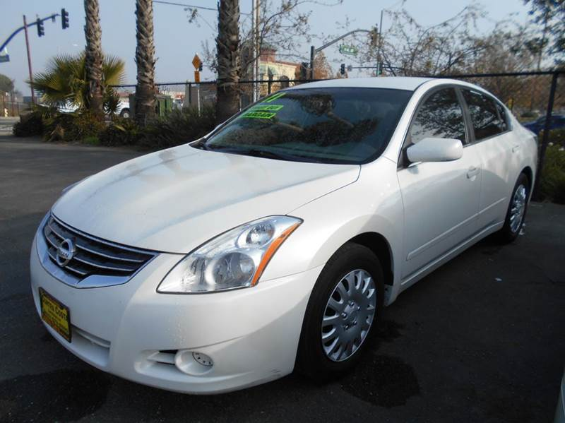 2011 NISSAN ALTIMA 25 S 4DR SEDAN white 2-stage unlocking doors abs - 4-wheel active head rest