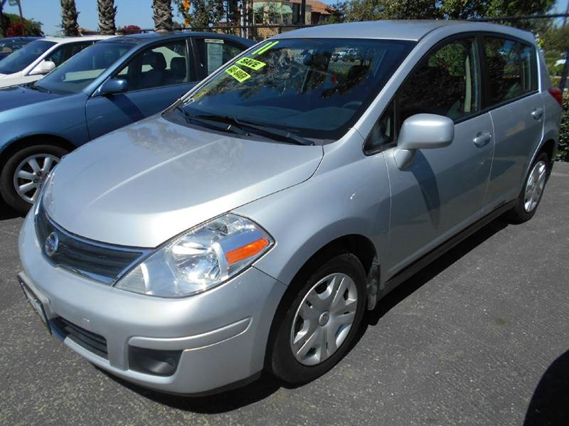 2011 NISSAN VERSA 18 S 4DR HATCHBACK 4A silver abs - 4-wheel air filtration airbag deactivatio
